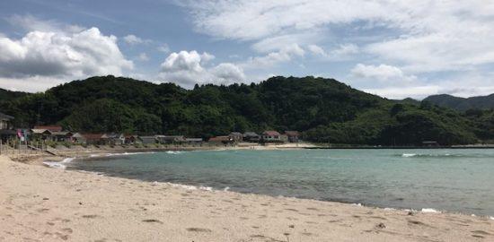 のどかな景色と美しいビーチ